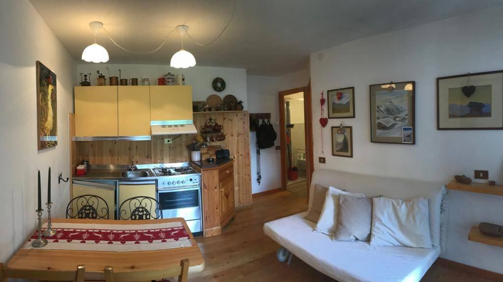 Attico / Mansarda in vendita a Gressoney-Saint-Jean, 2 locali, prezzo € 160.000   PortaleAgenzieImmobiliari.it