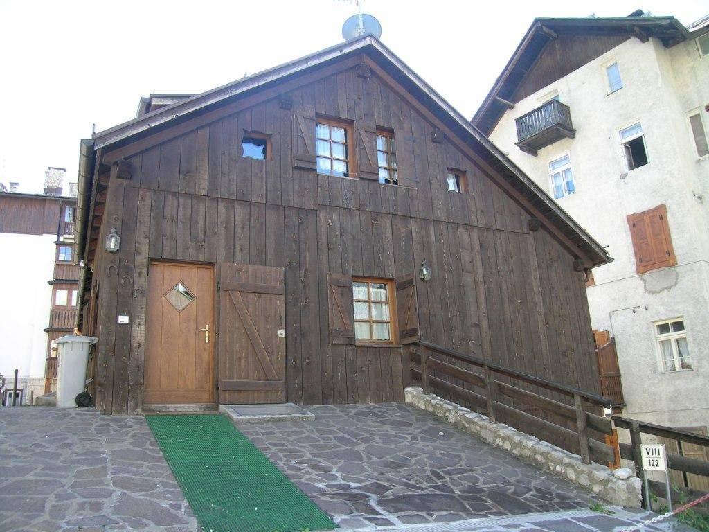 Foto 1 di Appartamento via Grohmann, Cortina D'ampezzo