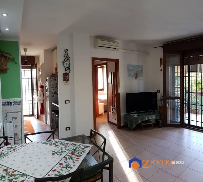 Appartamento in Vendita a San Giovanni In Persiceto Periferia: 2 locali, 65 mq