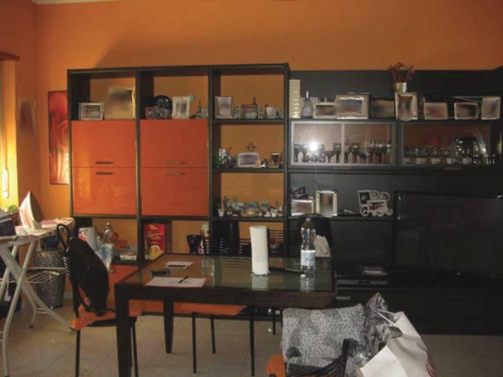 Appartamento in vendita a Torino, 3 locali, zona Zona: 13 . Borgo Vittoria, Madonna di Campagna, Barriera di Lanzo, prezzo € 56.000 | CambioCasa.it