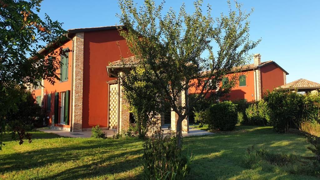 Appartamento in vendita a Collecchio, 2 locali, prezzo € 199.000 | CambioCasa.it