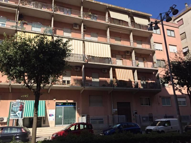 Appartamento in Vendita a Caltagirone Periferia: 4 locali, 105 mq