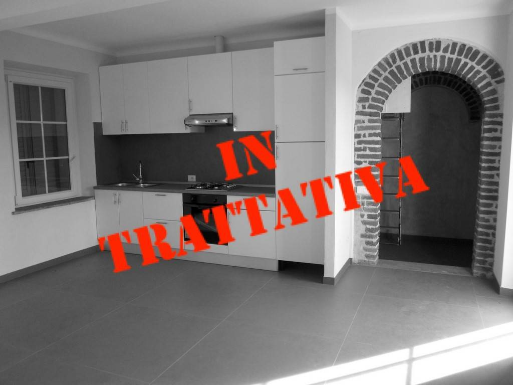 Appartamento in affitto a Besnate, 3 locali, prezzo € 550 | PortaleAgenzieImmobiliari.it