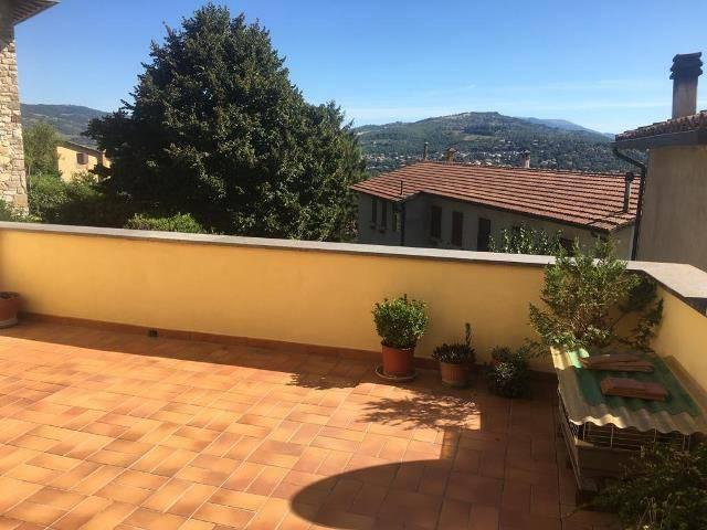 Appartamento in Vendita a Magione: 5 locali, 180 mq