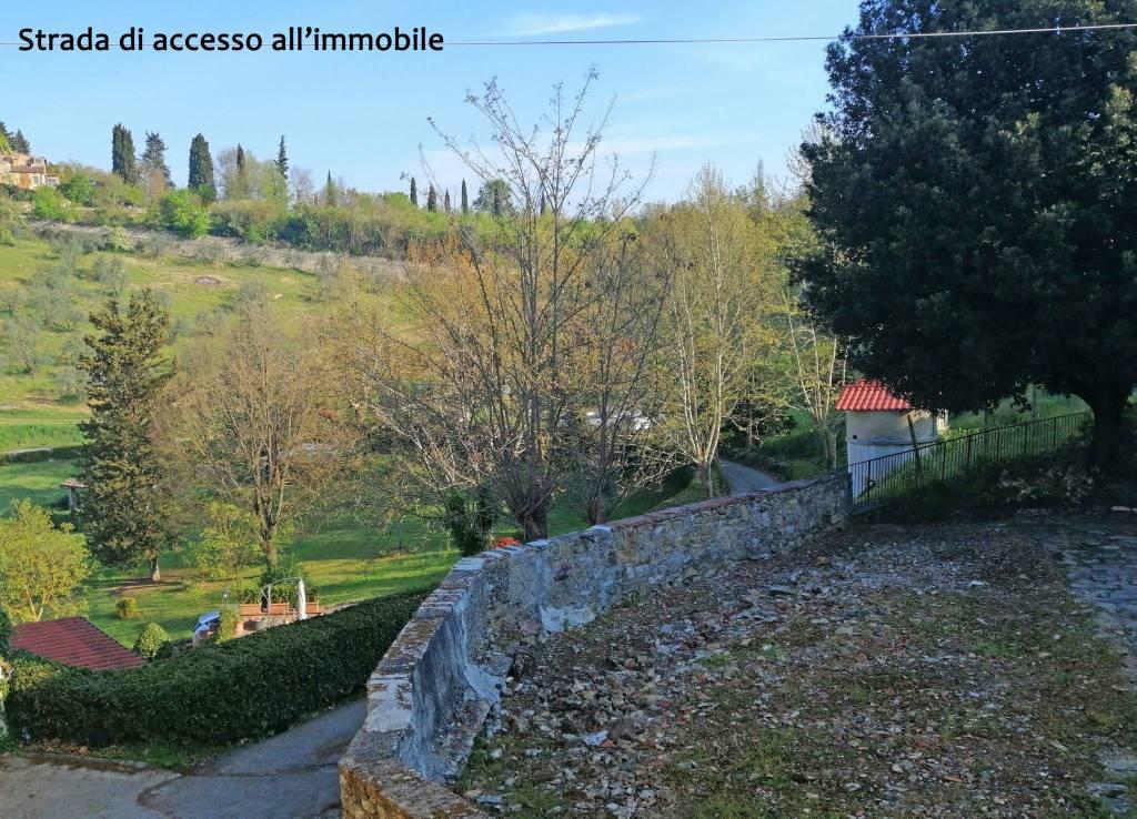 Foto 1 di Trilocale via della Luigiana, Firenze (zona Collina sud, Galluzzo, Ponte a Ema)