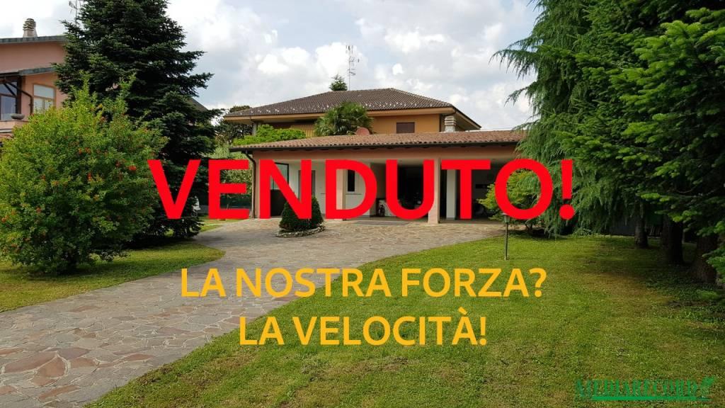 Villa in vendita a Fenegrò, 1 locali, prezzo € 110.000 | PortaleAgenzieImmobiliari.it