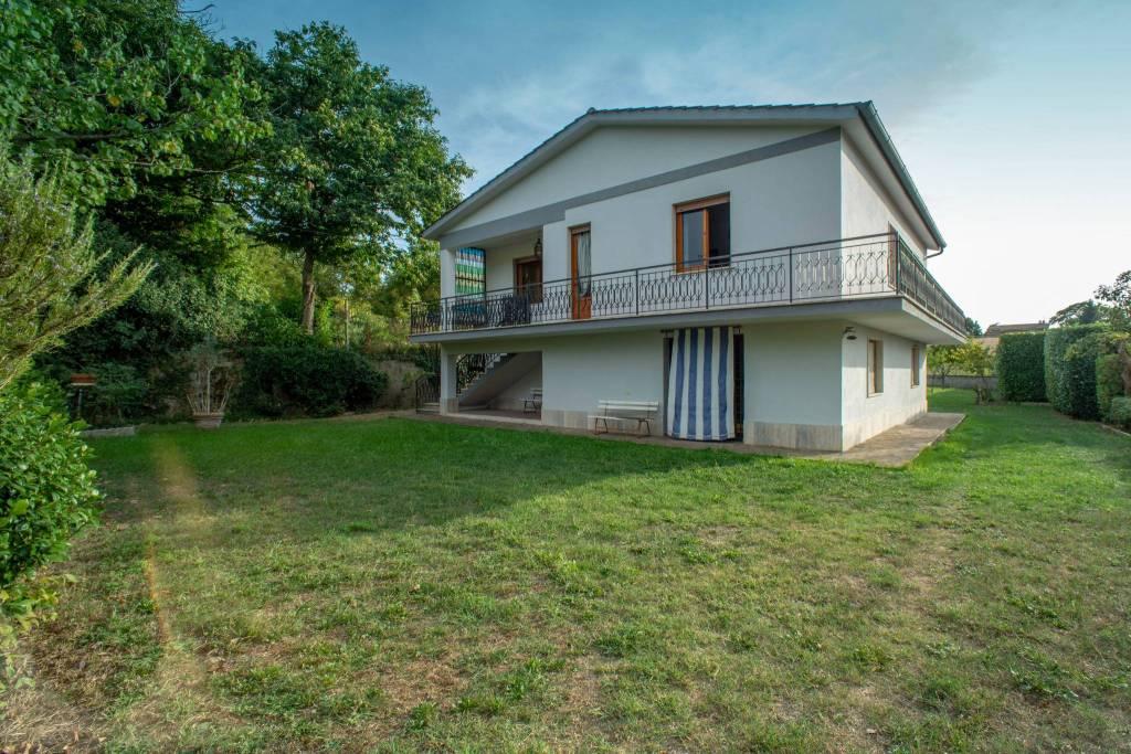 Villa in vendita a Zagarolo, 6 locali, prezzo € 345.000 | CambioCasa.it