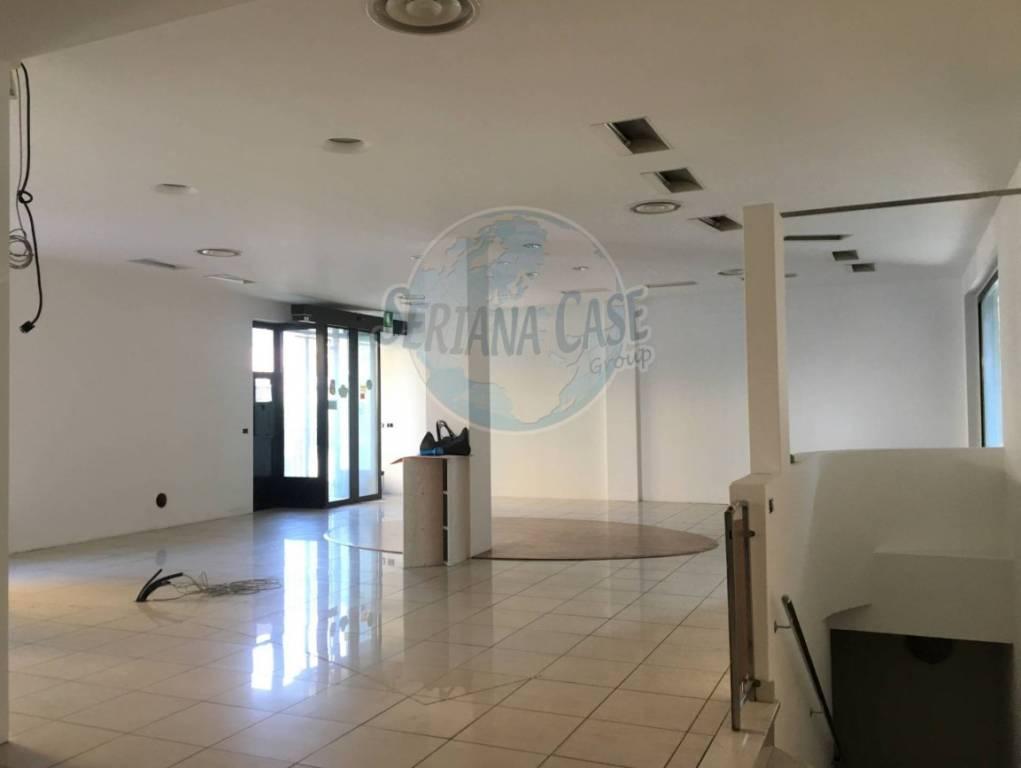 Ufficio / Studio in vendita a Vertova, 6 locali, prezzo € 159.000 | PortaleAgenzieImmobiliari.it