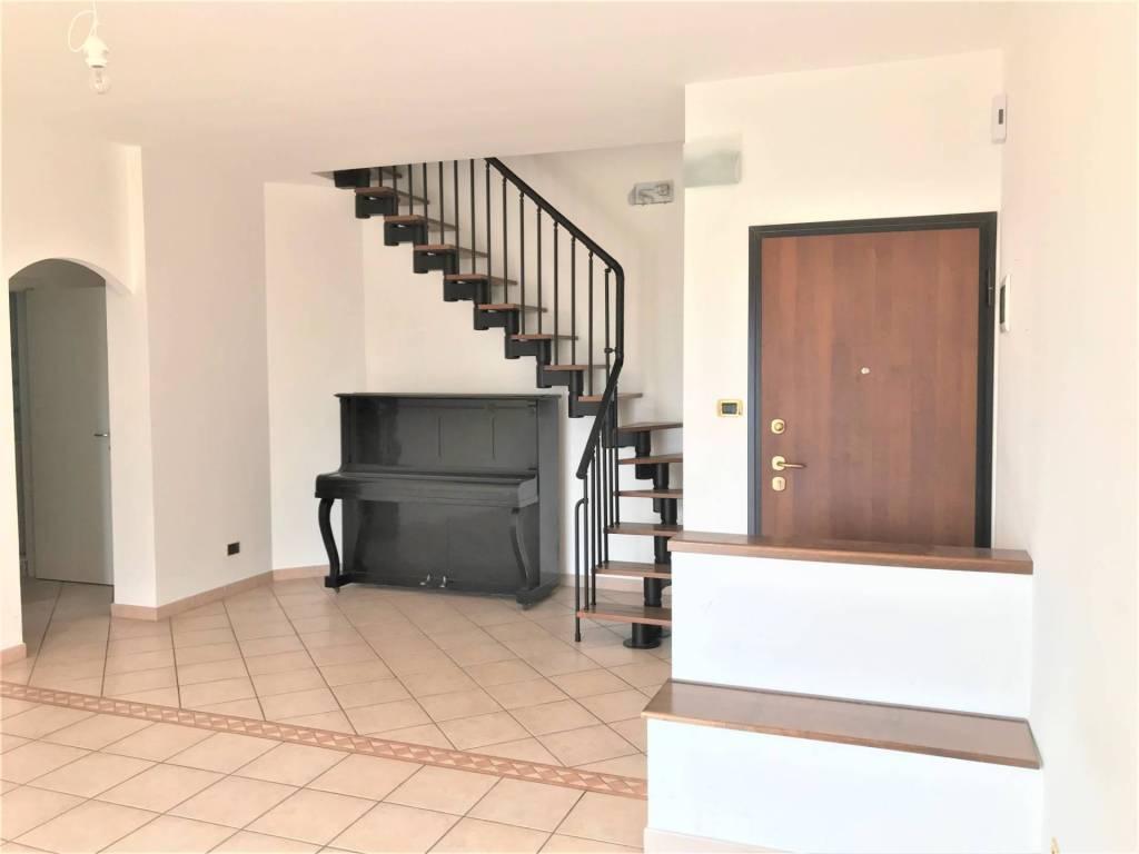 Appartamento in vendita via Timparosa Aci Castello
