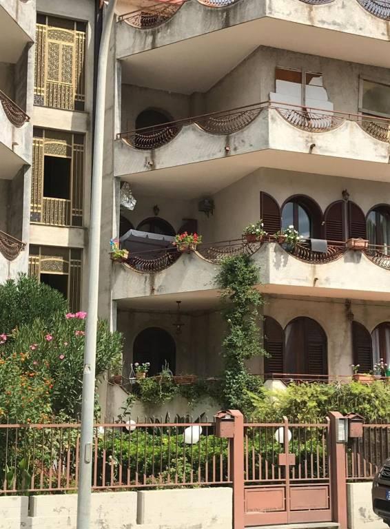 Appartamento in vendita a Francavilla di Sicilia, 6 locali, prezzo € 109.000 | PortaleAgenzieImmobiliari.it