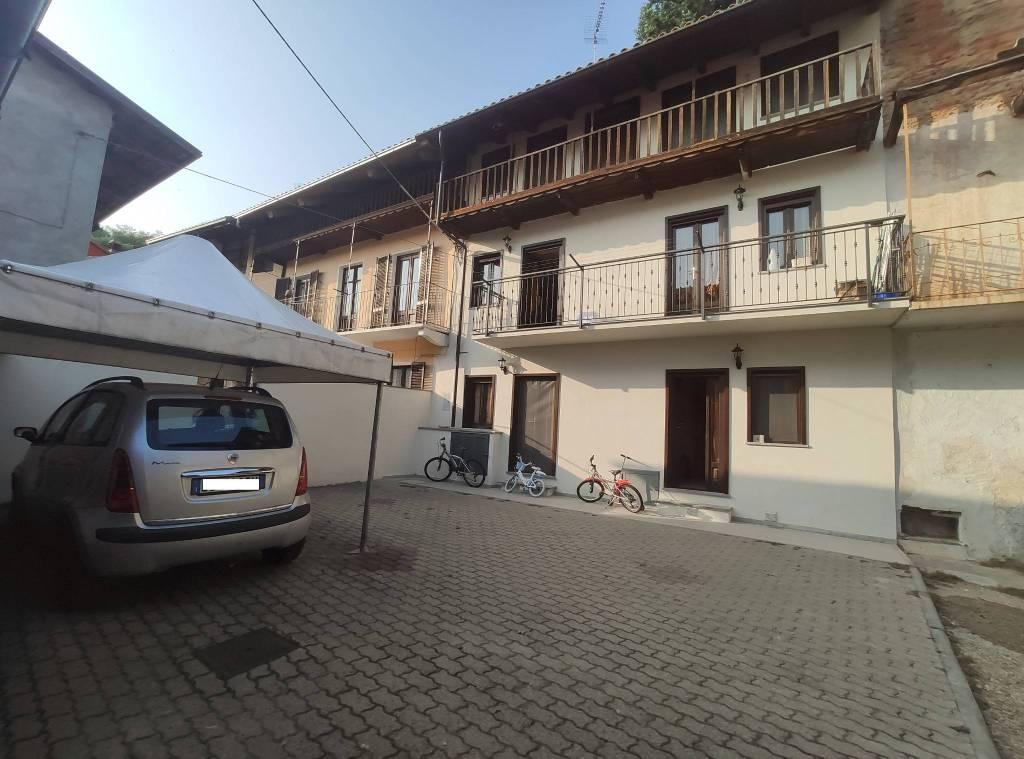 Foto 1 di Appartamento via Lanzo 2, Balangero