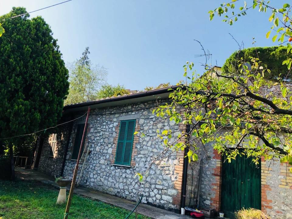 Foto 1 di Villa via Giuseppe Mazzini, Narni
