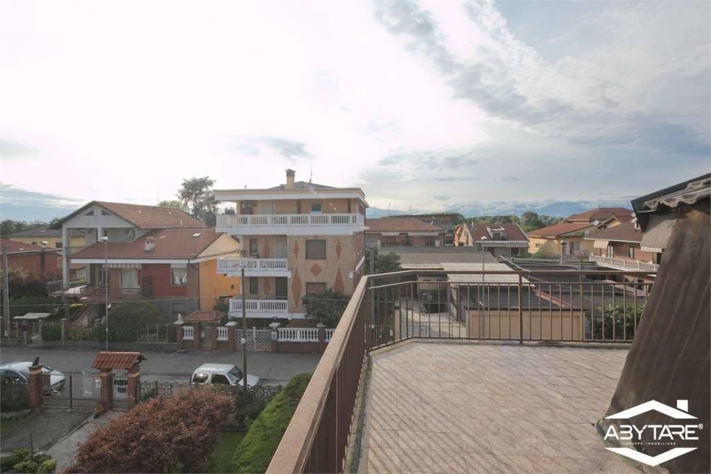 Foto 1 di Appartamento via Marconi , 9, La Loggia