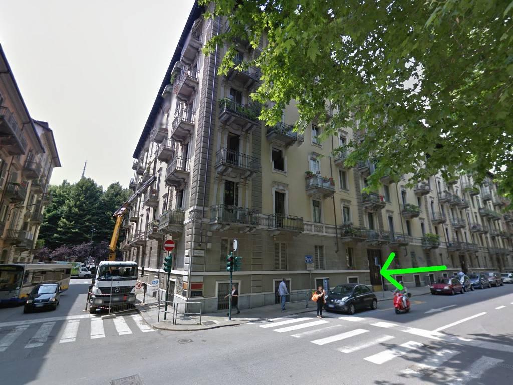 Ufficio / Studio in vendita a Torino, 5 locali, zona Regio Parco, Vanchiglia, Lungo Po, Vanchiglietta, prezzo € 150.000 | PortaleAgenzieImmobiliari.it