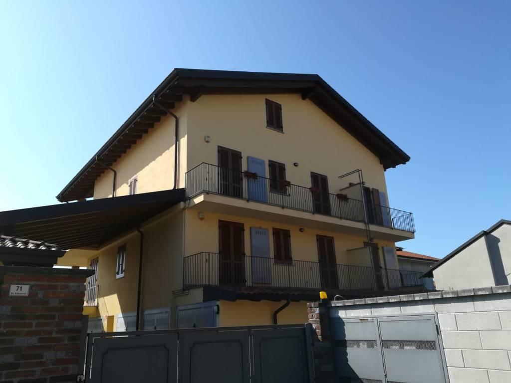 Appartamento in ottime condizioni in vendita Rif. 7858077