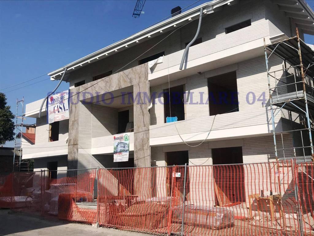 Appartamento in vendita a Cesano Maderno, 3 locali, prezzo € 206.000 | PortaleAgenzieImmobiliari.it
