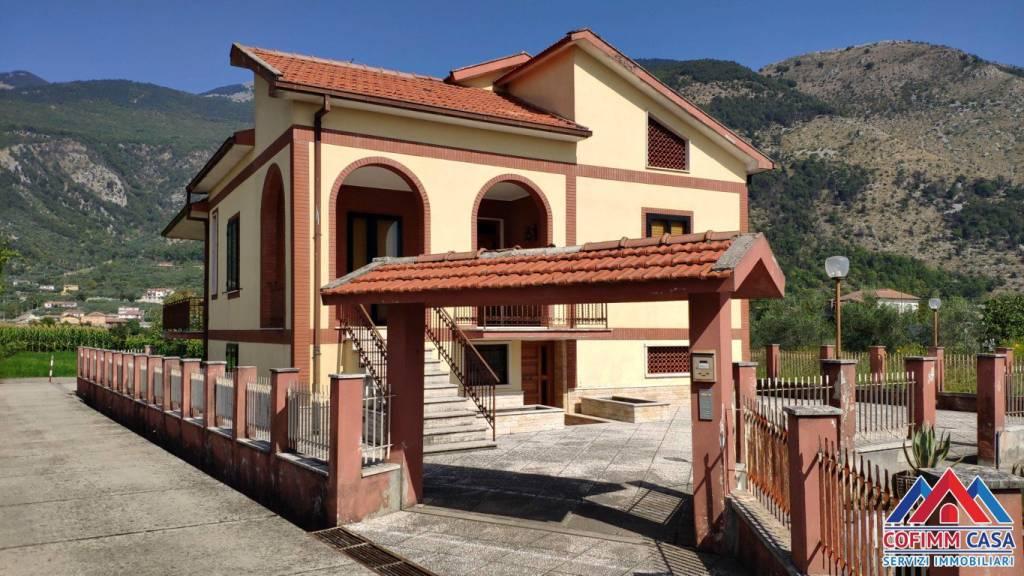 Foto 1 di Villa via Carpine 36, Sora