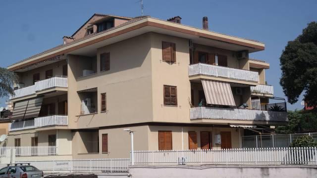 Appartamento in vendita a Roma, 3 locali, zona Zona: 35 . Setteville - Casalone - Acqua Vergine, prezzo € 199.000 | CambioCasa.it