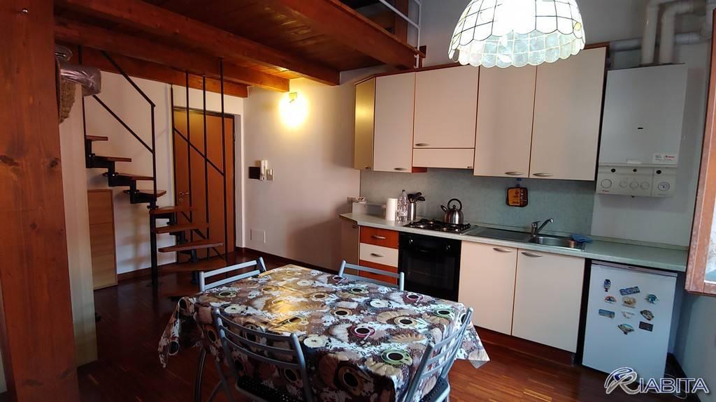Appartamento in Affitto a Piacenza Centro: 2 locali, 45 mq