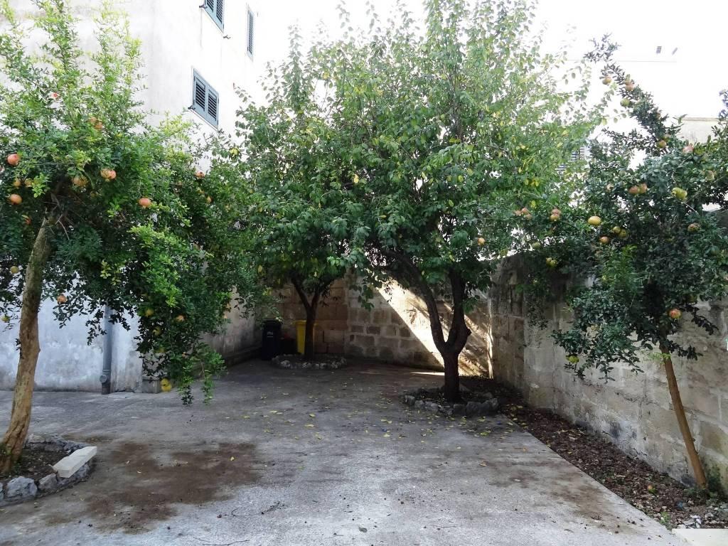 Appartamento in Vendita a Melpignano: 3 locali, 139 mq