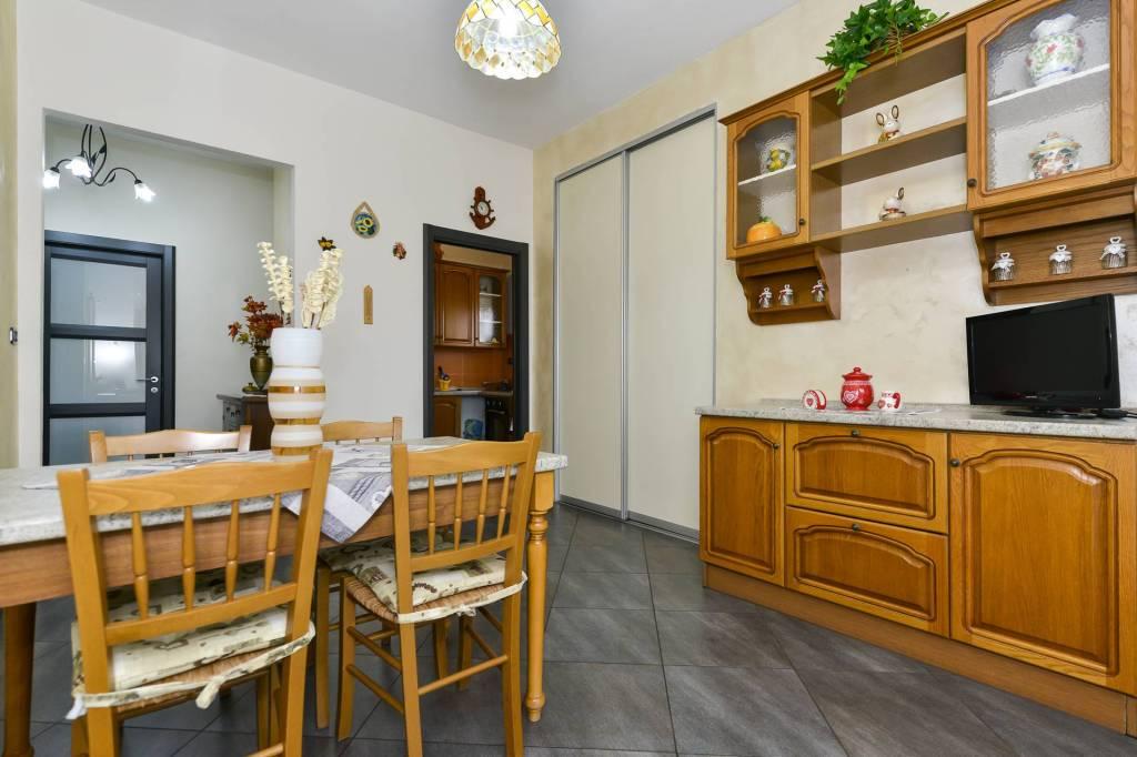 Foto 1 di Trilocale via Andrea Sansovino, Torino (zona Lucento, Vallette)