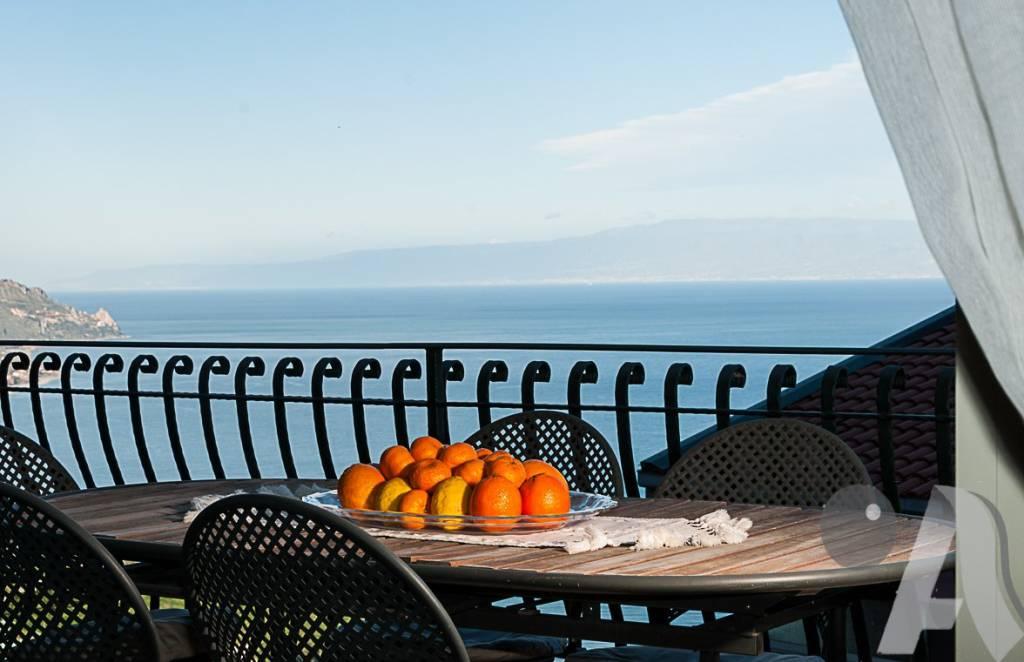 Appartamento in vendita a Taormina, 4 locali, prezzo € 500.000   PortaleAgenzieImmobiliari.it