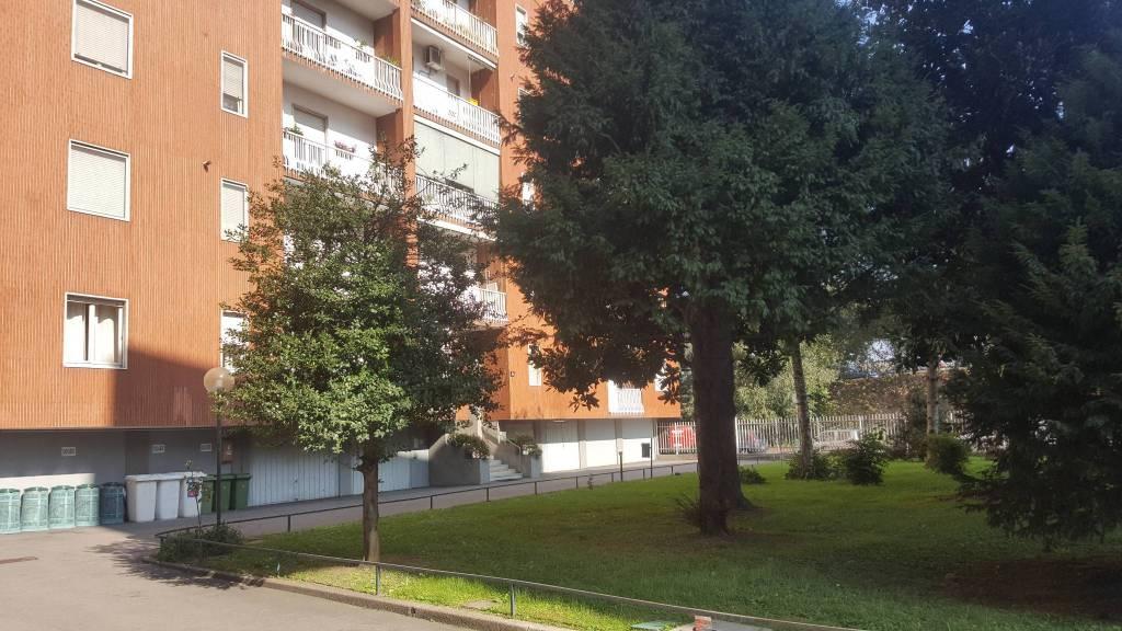 Appartamento in ottime condizioni in vendita Rif. 8896544