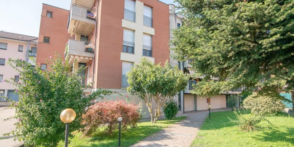 Appartamento in vendita a Zelo Buon Persico, 2 locali, prezzo € 99.000 | CambioCasa.it
