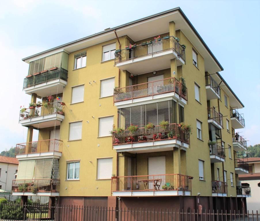 Appartamento in vendita via Vittorio Veneto Arona