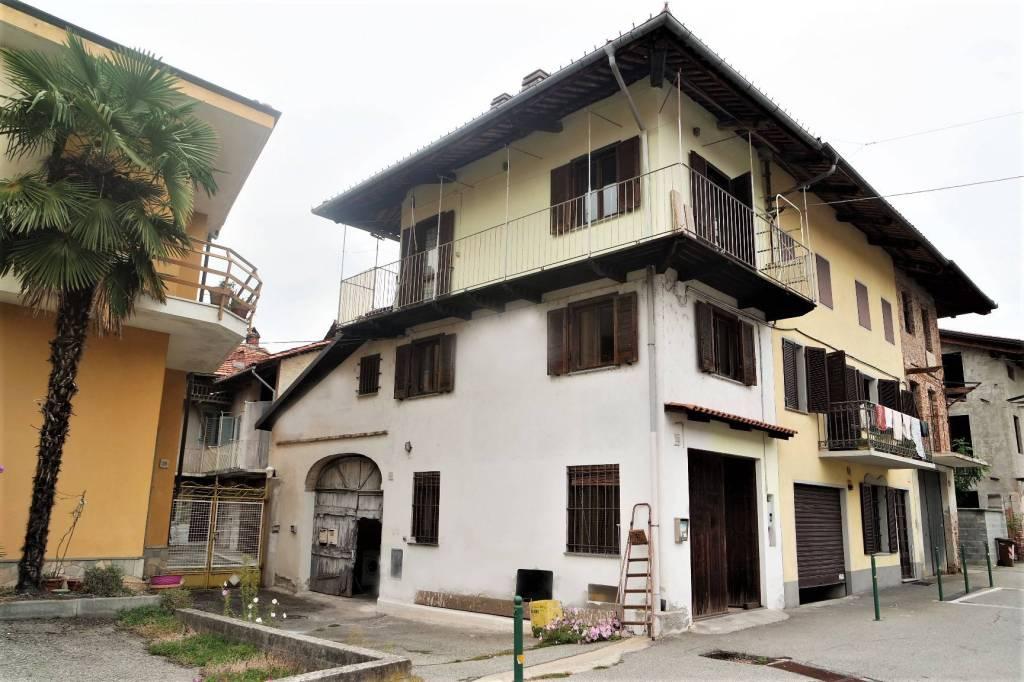 Foto 1 di Casa indipendente via Carlo Vigna, San Giorgio Canavese