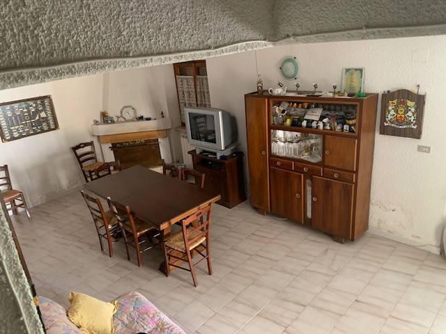 Villa in vendita a Aielli, 3 locali, prezzo € 50.000 | PortaleAgenzieImmobiliari.it