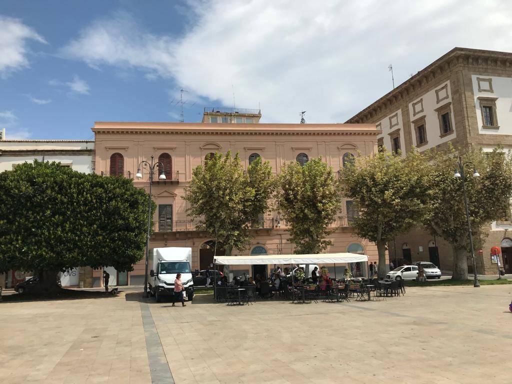 Appartamento in Vendita a Sciacca: 5 locali, 207 mq