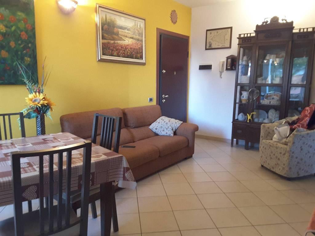 Appartamento in Vendita a Ravenna Semicentro: 4 locali, 82 mq