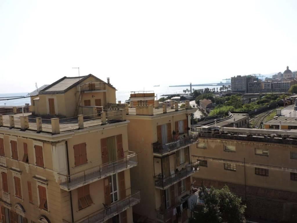 Appartamento in vendita a Genova, 4 locali, zona Zona: 14 . Pegli, prezzo € 99.000 | CambioCasa.it