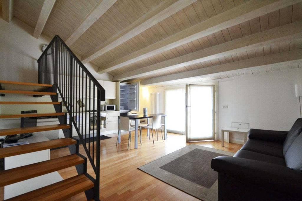 Appartamento in ottime condizioni in vendita Rif. 7970551