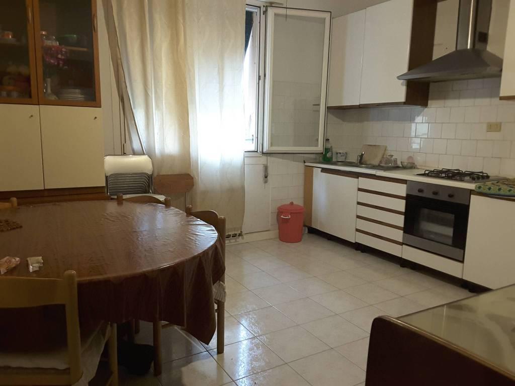 Appartamento in Vendita a Ravenna Semicentro: 3 locali, 75 mq