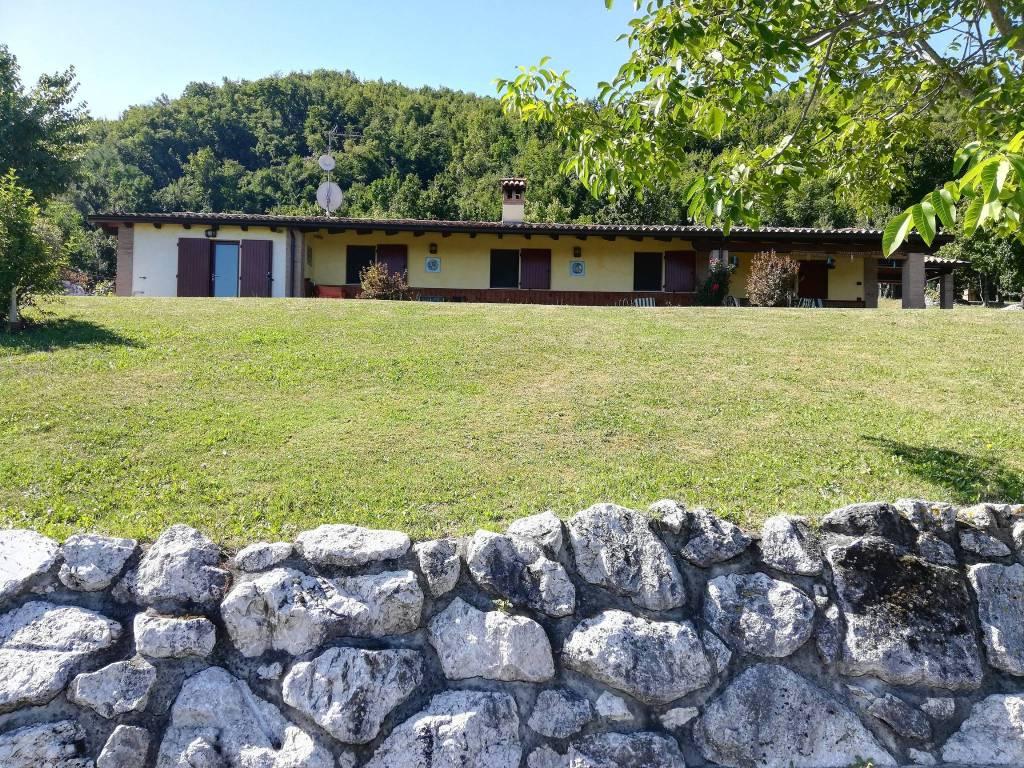 Villa in Vendita a Lugagnano Val D'Arda: 4 locali, 115 mq
