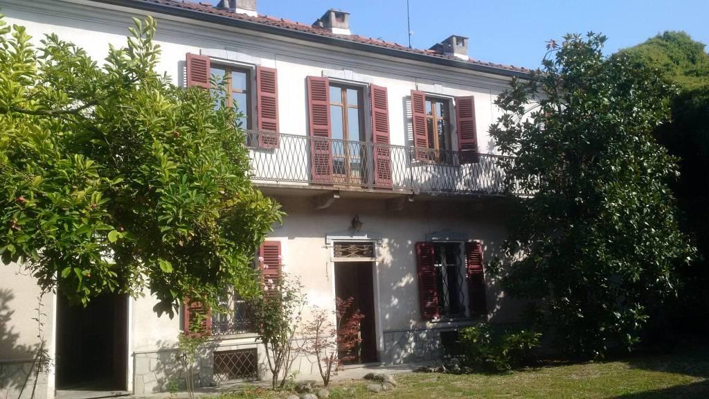 Rustico / Casale in vendita a Castagnole Monferrato, 16 locali, prezzo € 360.000   PortaleAgenzieImmobiliari.it