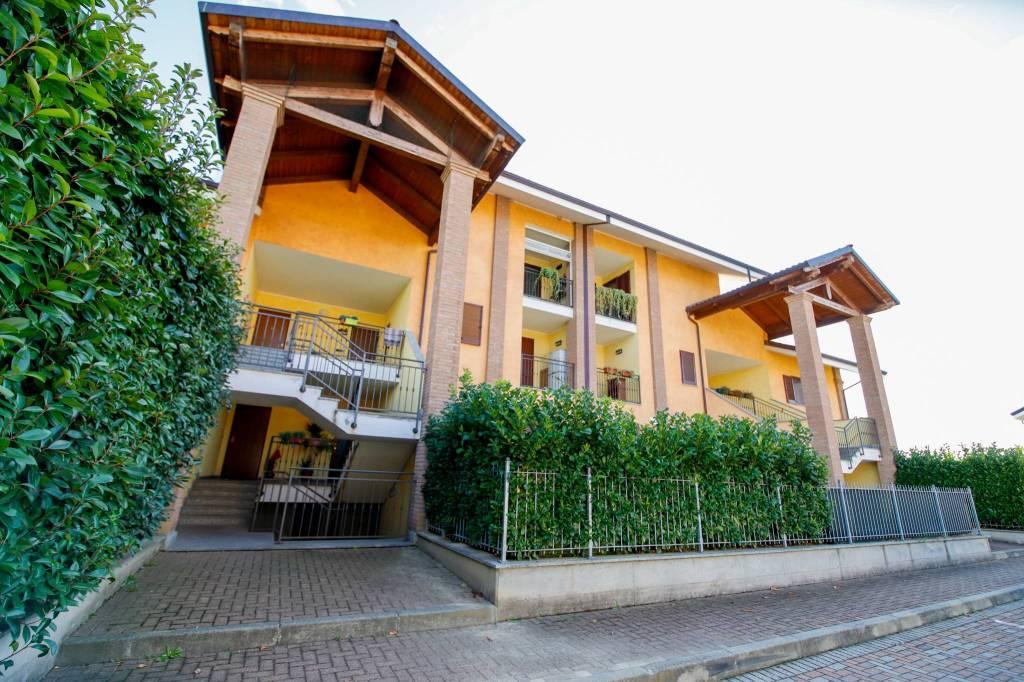 Foto 1 di Appartamento corso Conte di Cavour, San Benigno Canavese