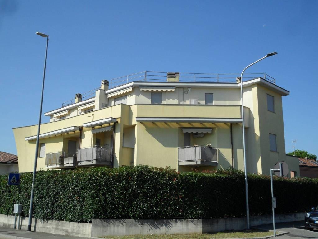 Foto 1 di Bilocale via Puglie, Mariano Comense