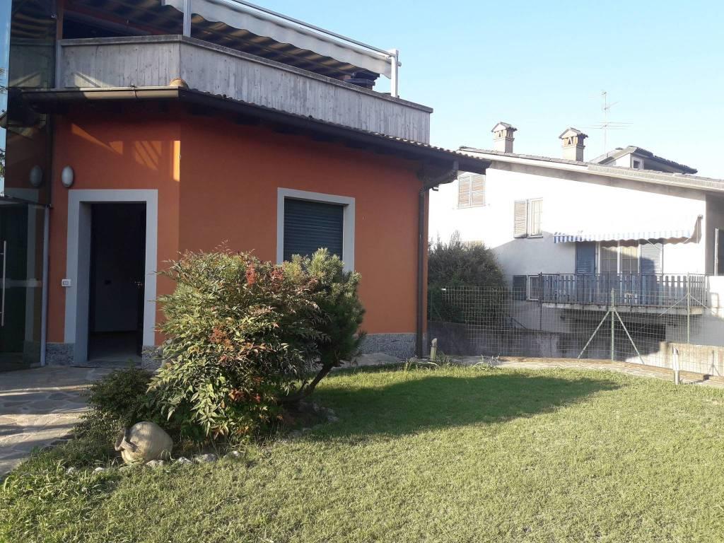 Villa in Vendita a Bagnolo Cremasco: 3 locali, 111 mq