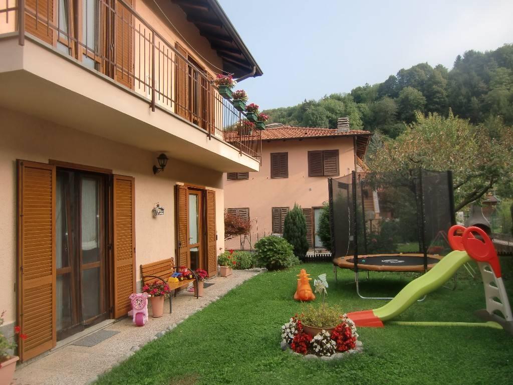 Villa in vendita a Valbrona, 3 locali, prezzo € 168.000 | PortaleAgenzieImmobiliari.it