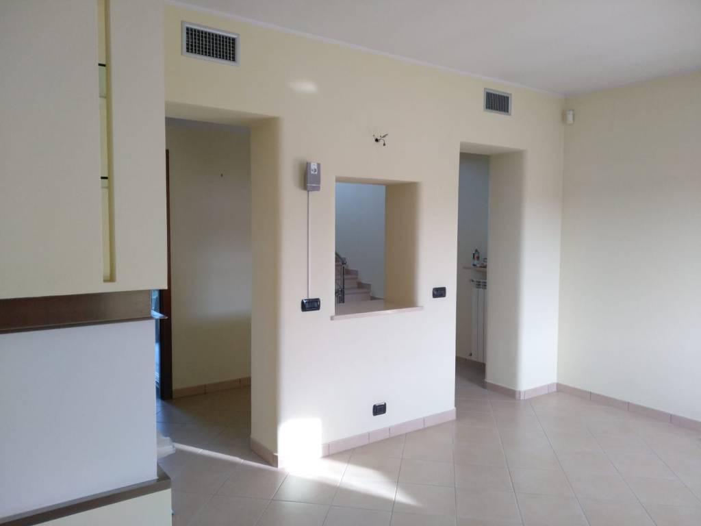 Villa in Vendita a Lugagnano Val D'Arda: 5 locali, 198 mq
