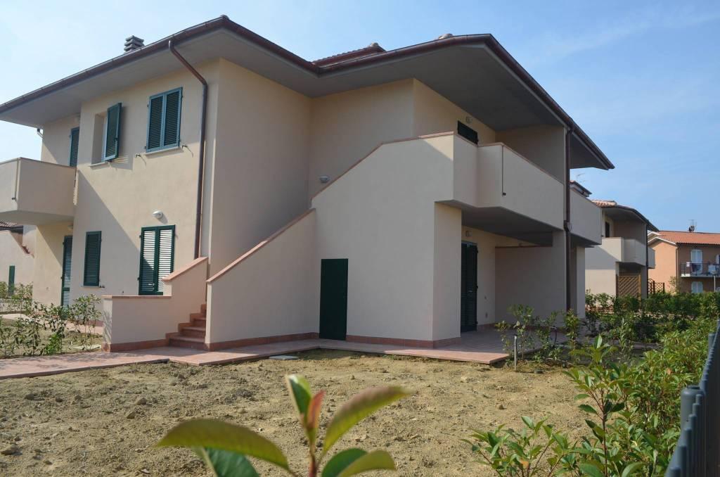 Appartamento in vendita a Castagneto Carducci, 3 locali, prezzo € 255.000   CambioCasa.it