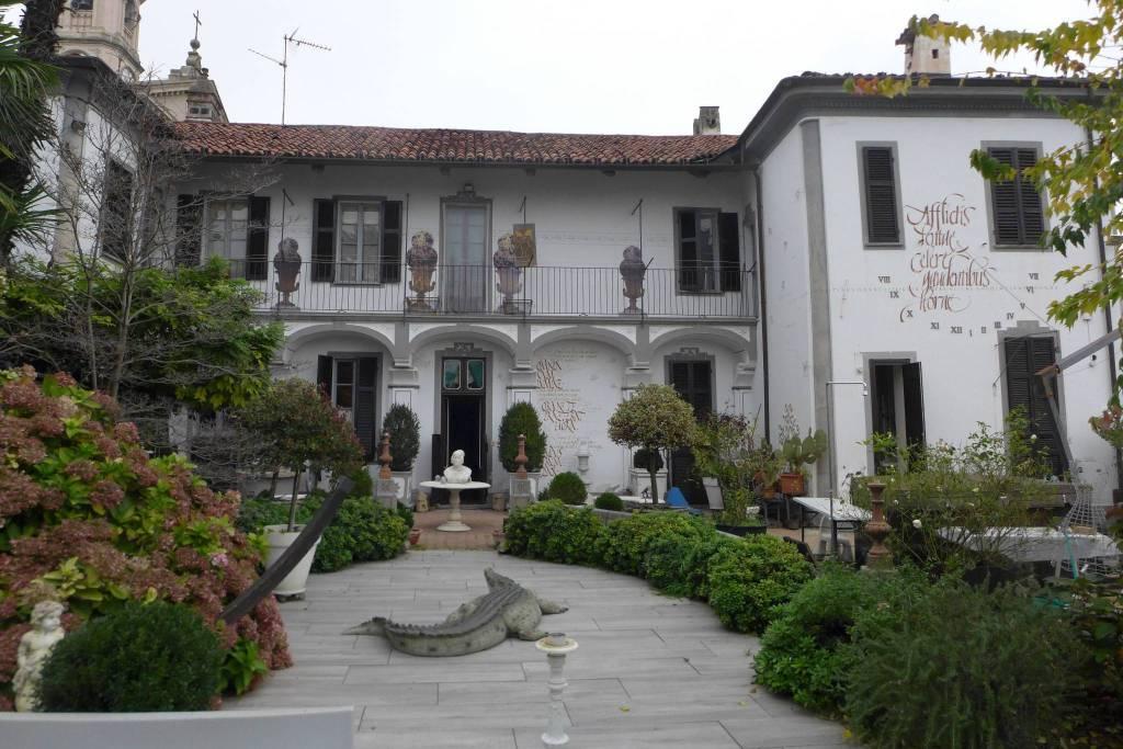 Foto 1 di Rustico / Casale via alla Parrocchia, Torino (zona Precollina, Collina)