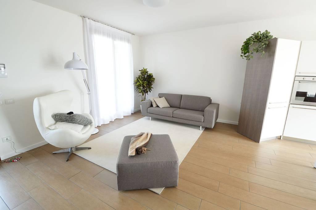 Appartamento in vendita Rif. 7539720