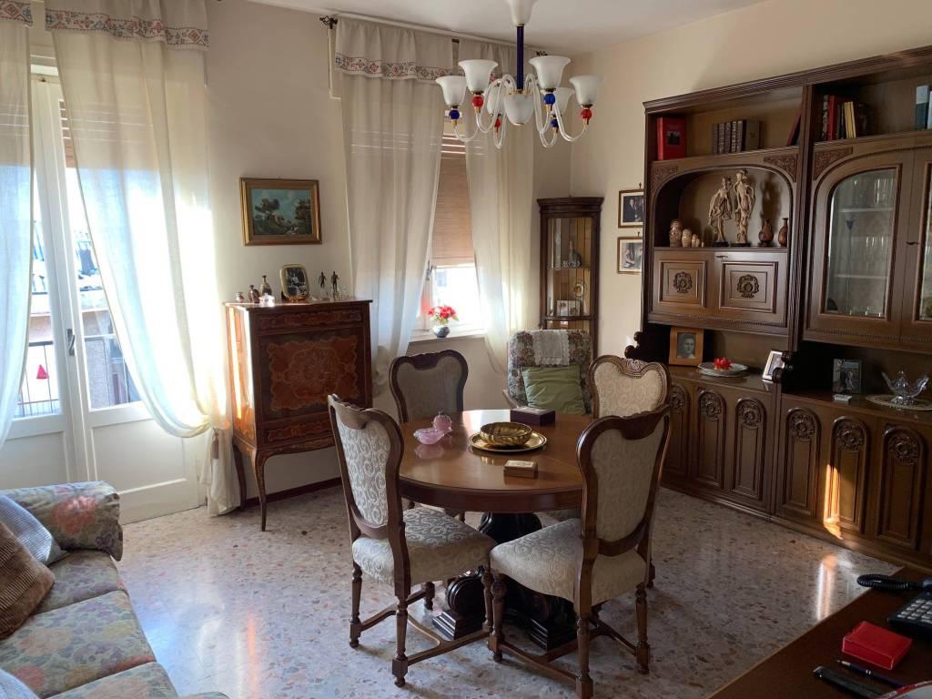 Appartamento in vendita a Garlasco, 3 locali, prezzo € 75.000   CambioCasa.it