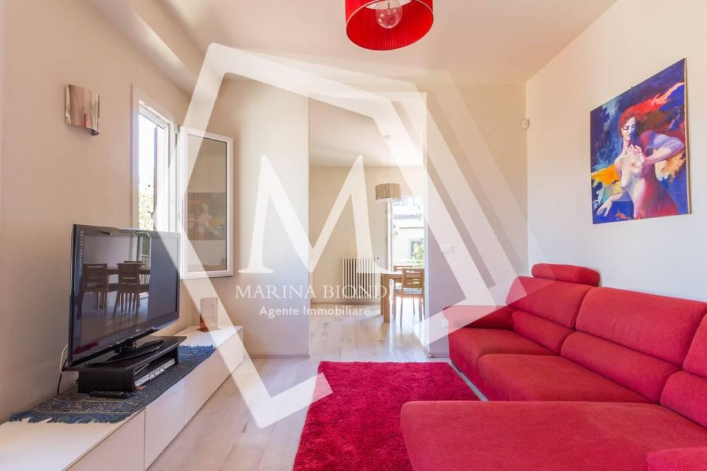 Appartamento in Vendita a Arezzo Centro: 3 locali, 80 mq