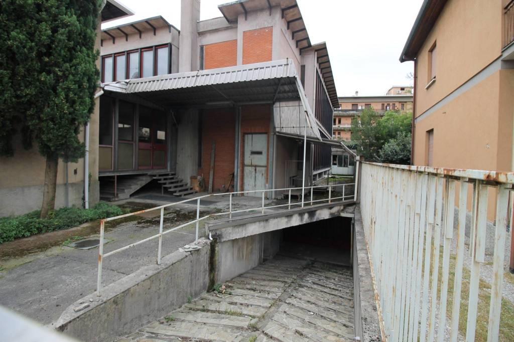 Laboratorio in vendita a Olgiate Olona, 6 locali, prezzo € 270.000   PortaleAgenzieImmobiliari.it