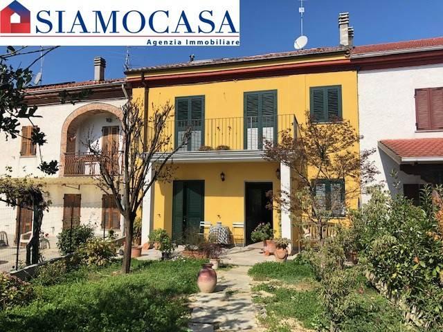 Villa a schiera quadrilocale in vendita a Alessandria (AL)